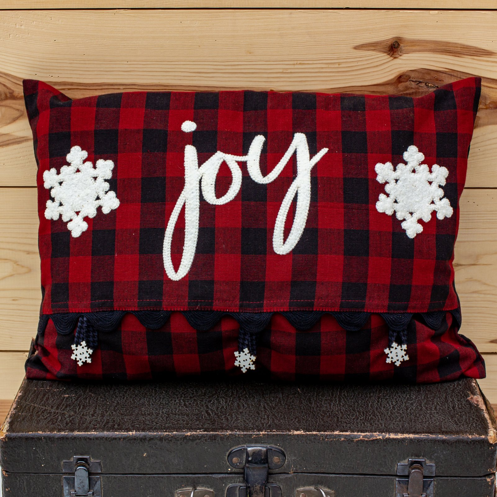 Joy & Snowflakes Pillow Cover Kit