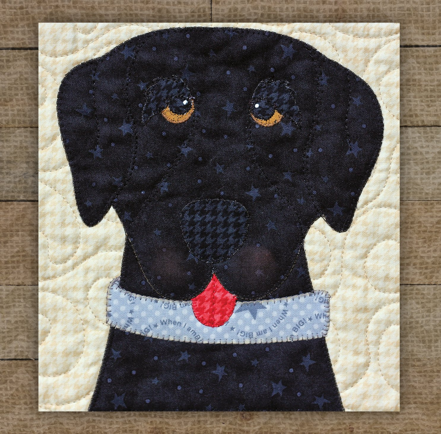 Labrador Retriever (Black) - Precut Fused Applique Kit