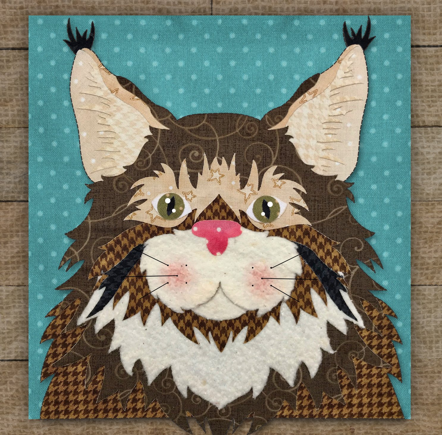 Maine Coon Cat Precut Fused Applique Kit