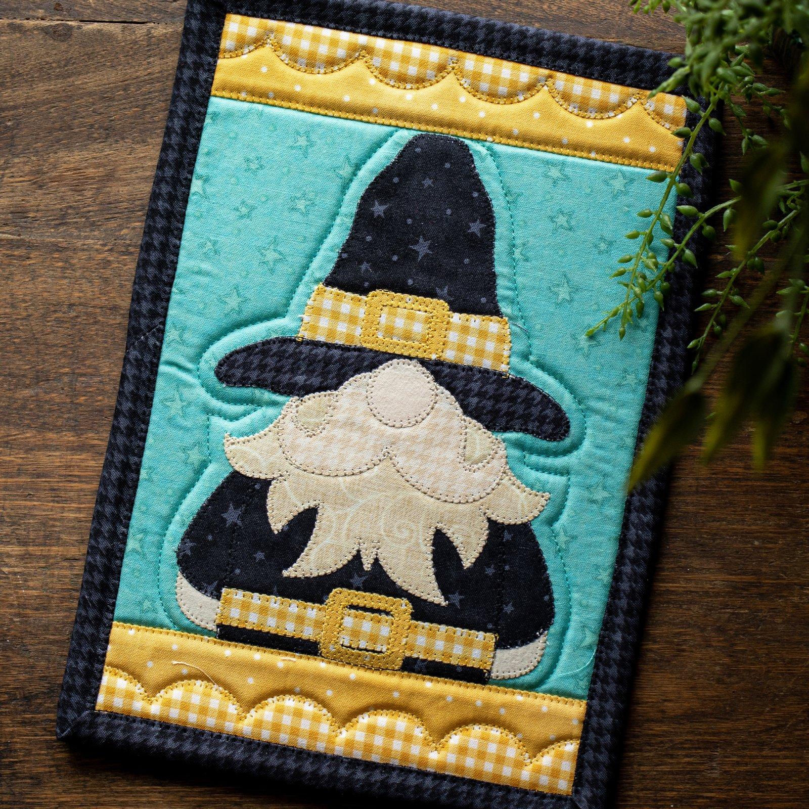Mr. Pilgrim Gnome Mug Rug Kit
