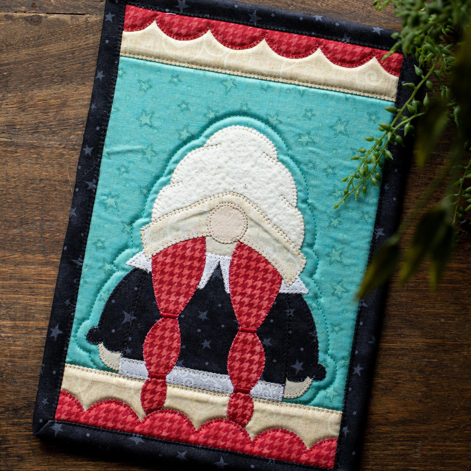 Mrs. Pilgrim Gnome Mug Rug Kit
