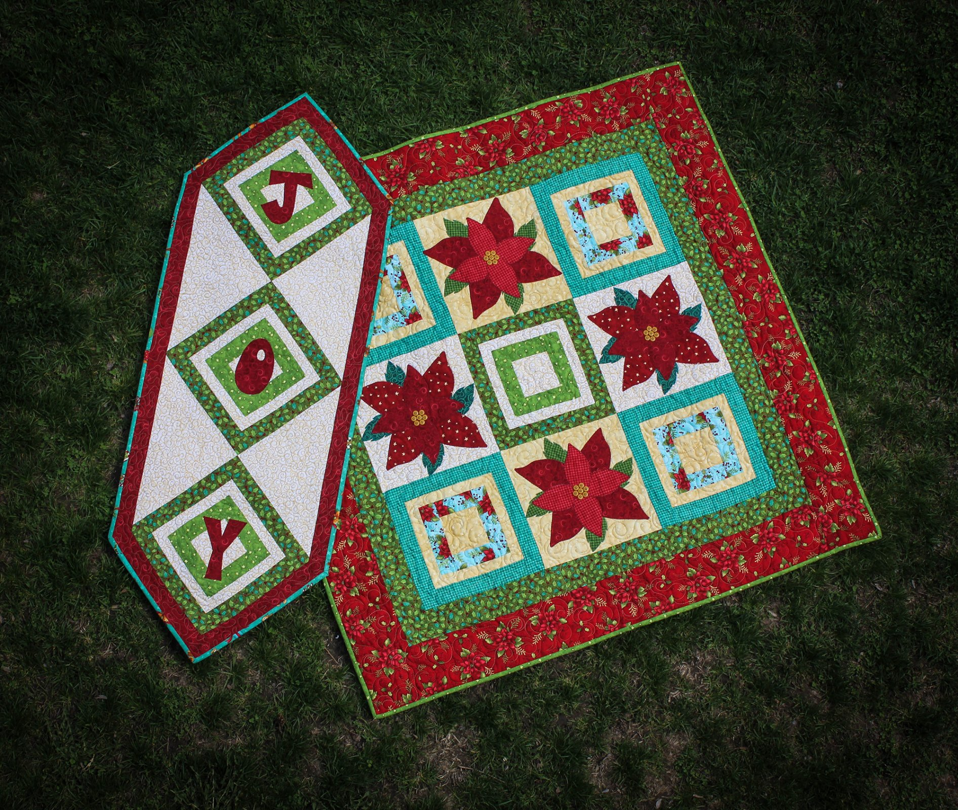 Poinsettia Patch & Joy Table Runner