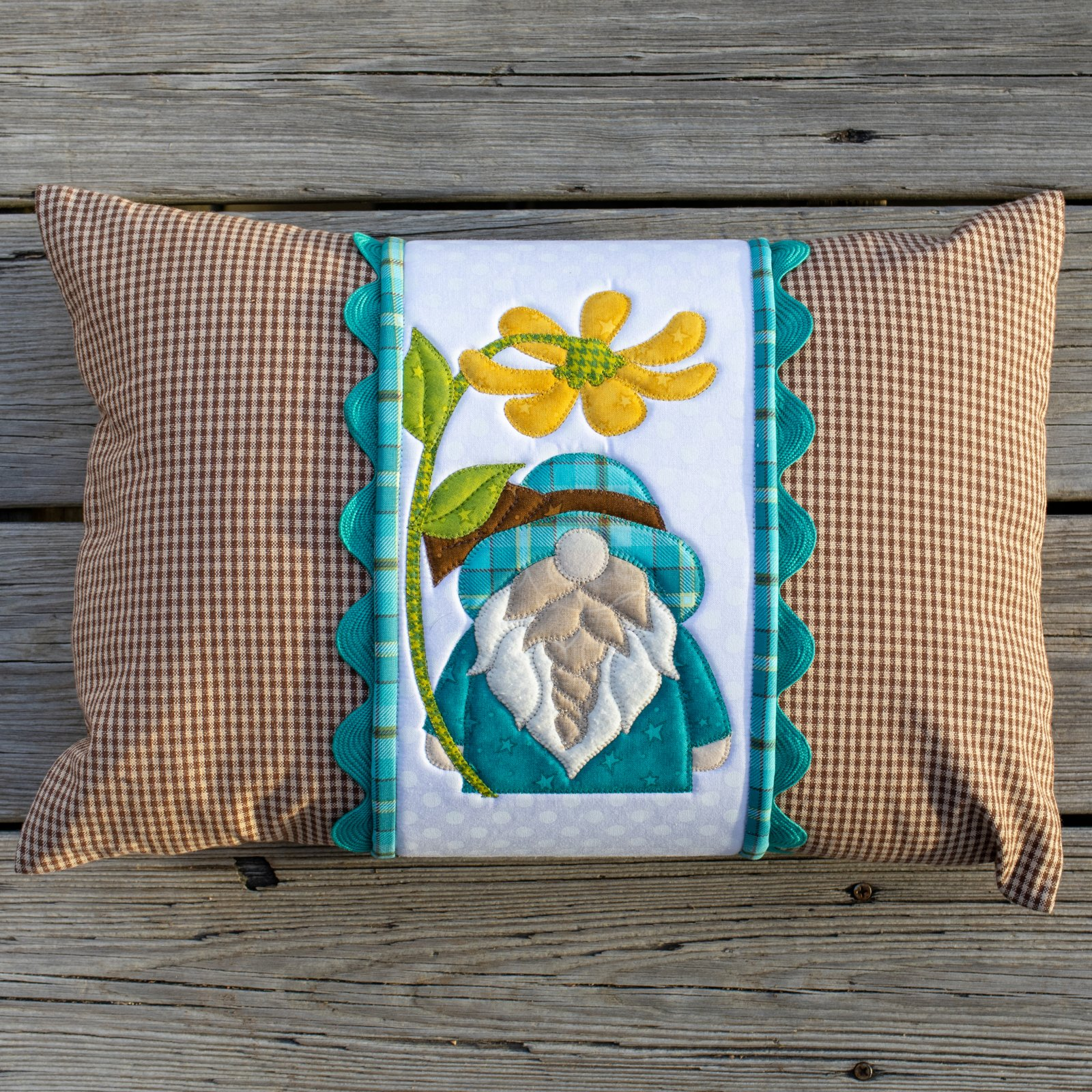 Spring Gnome Pillow Wrap & Cover Kit
