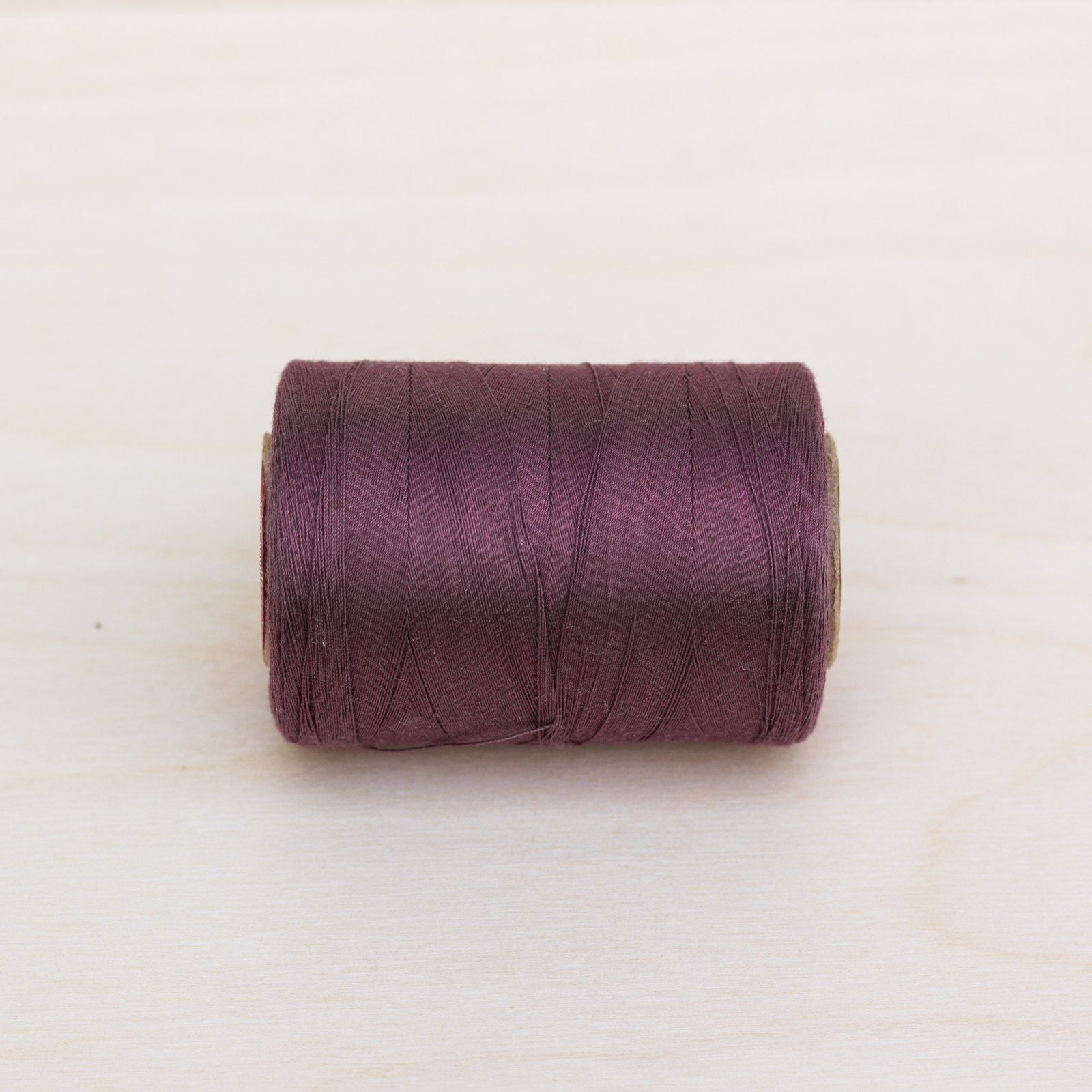 596 - Mocha Plum Quilting Thread 1200yd