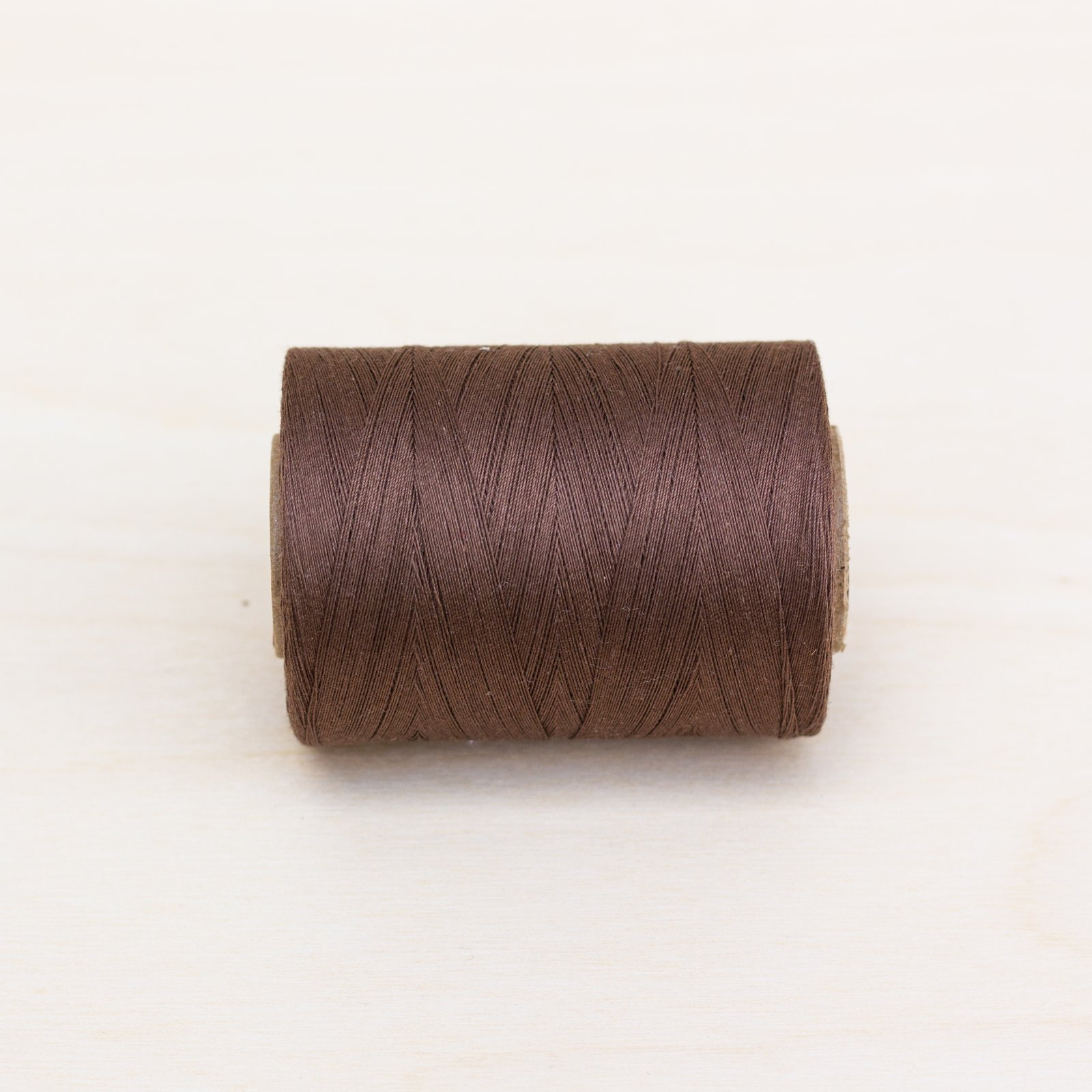 8380 - Seal Brown Quilting Thread 1200yd