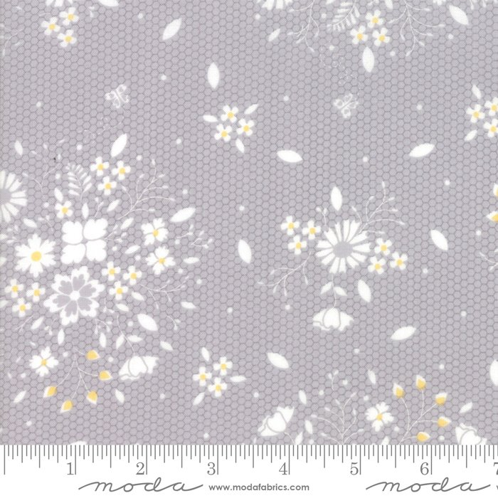 Sugarcreek by Moda Fabrics 29071-21