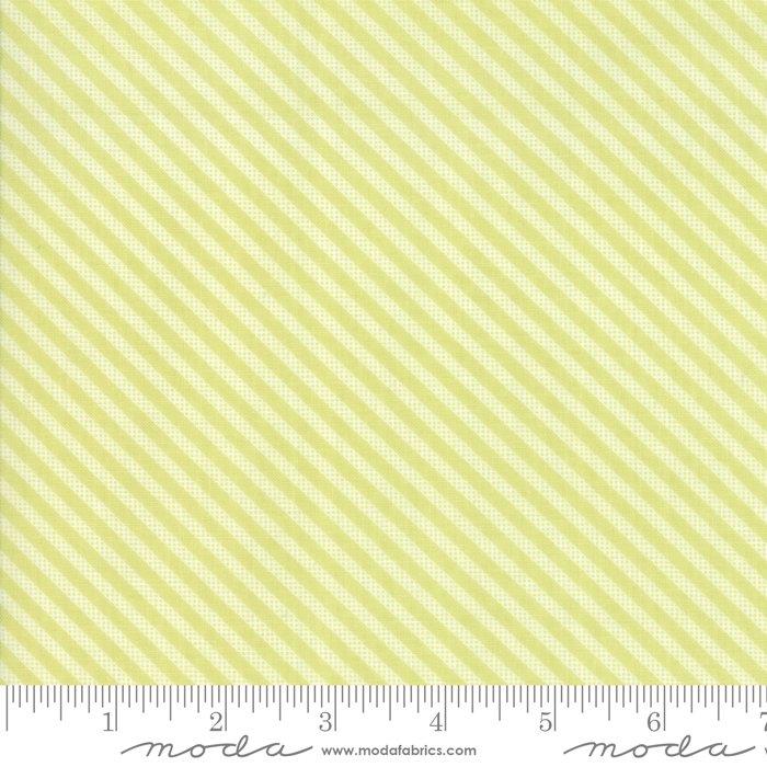 Sugarcreek by Moda Fabrics 29076-19