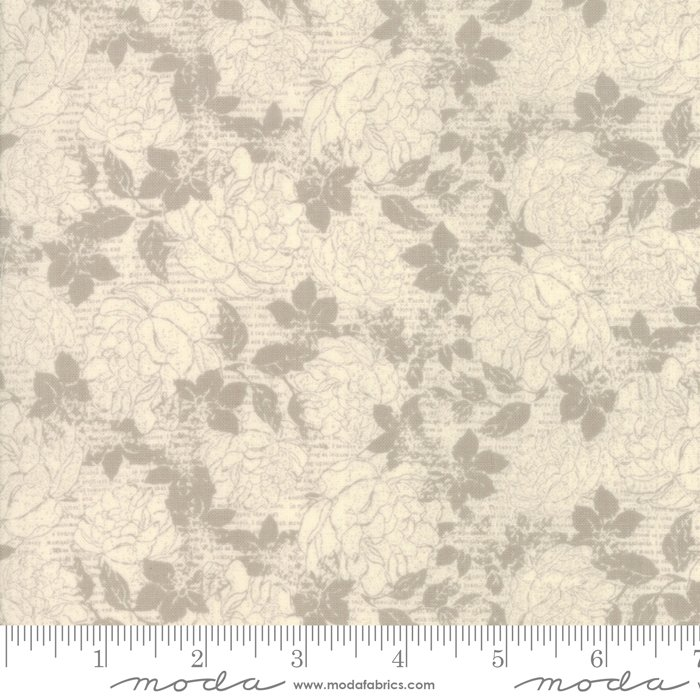 Stiletto by Moda Fabrics 30612-23