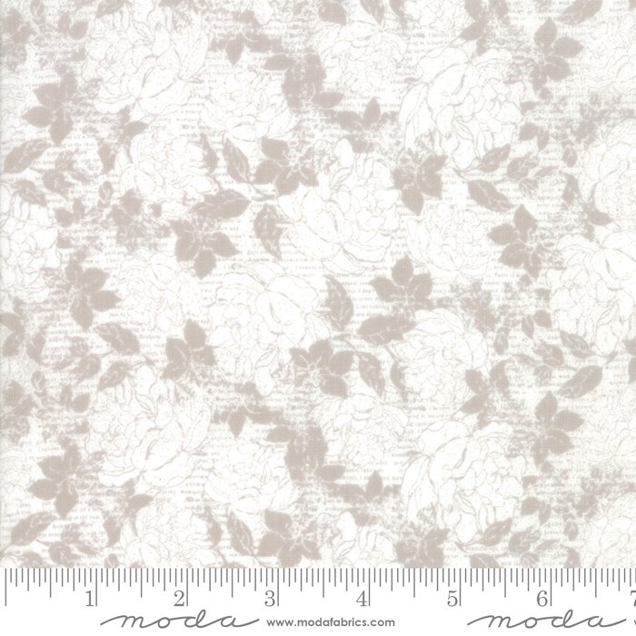 Stiletto by Moda Fabrics 30612-25