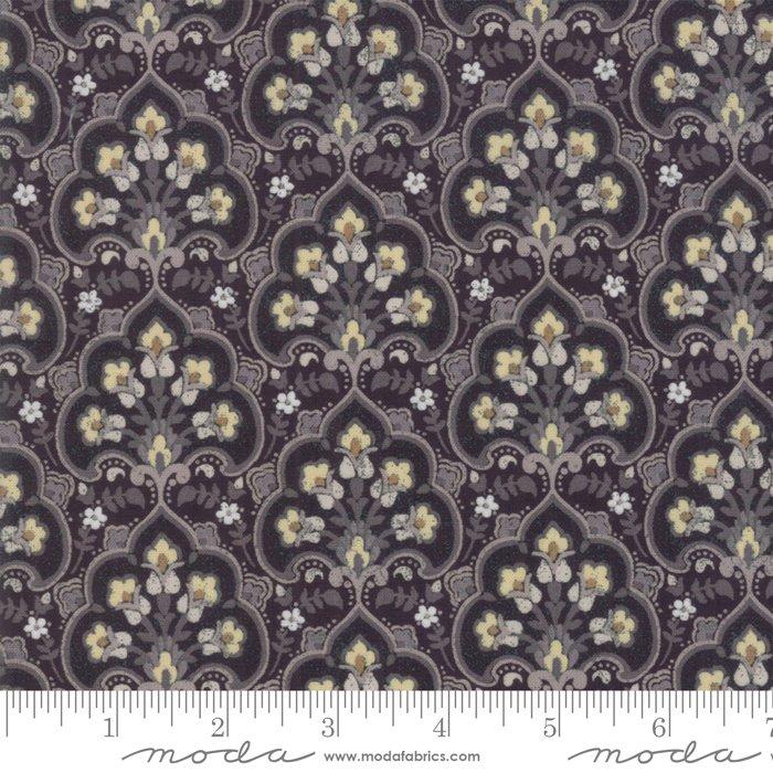 Stiletto by Moda Fabrics 30613-11