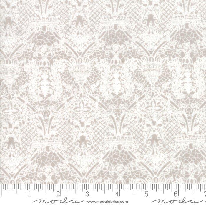 Stiletto by Moda Fabrics 30614-24