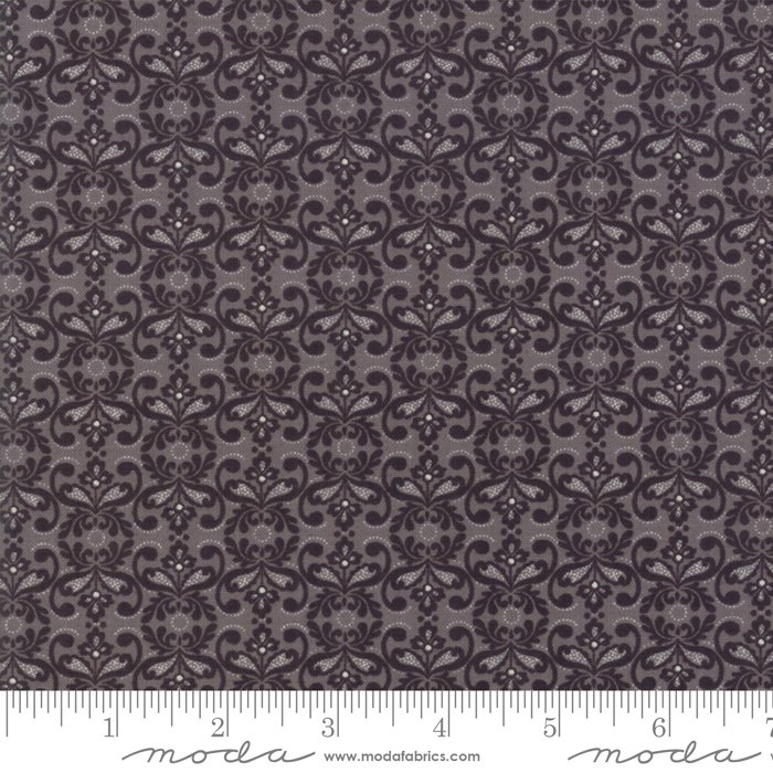 Stiletto by Moda Fabrics 30615-12