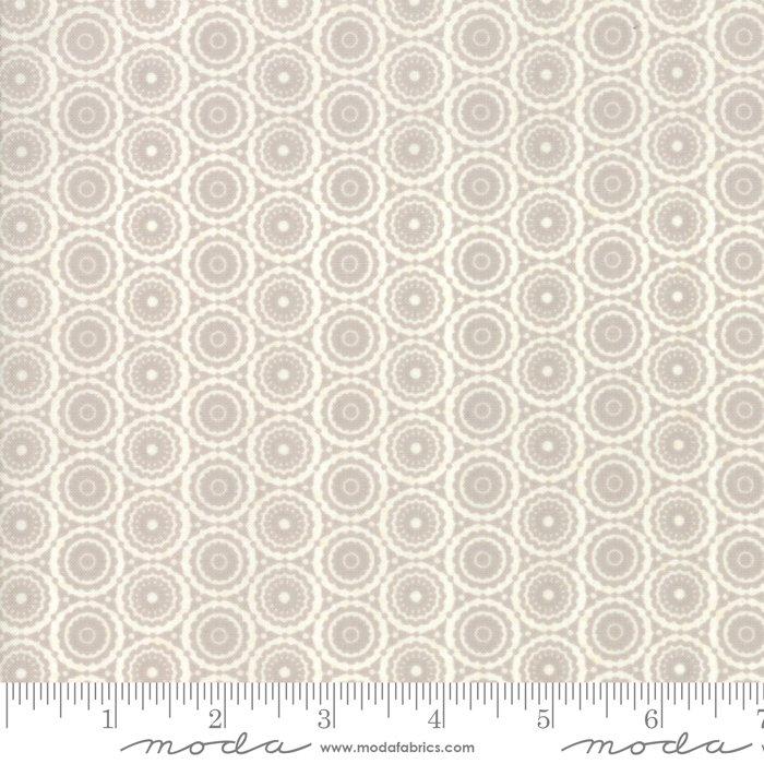Stiletto by Moda Fabrics 30616-20