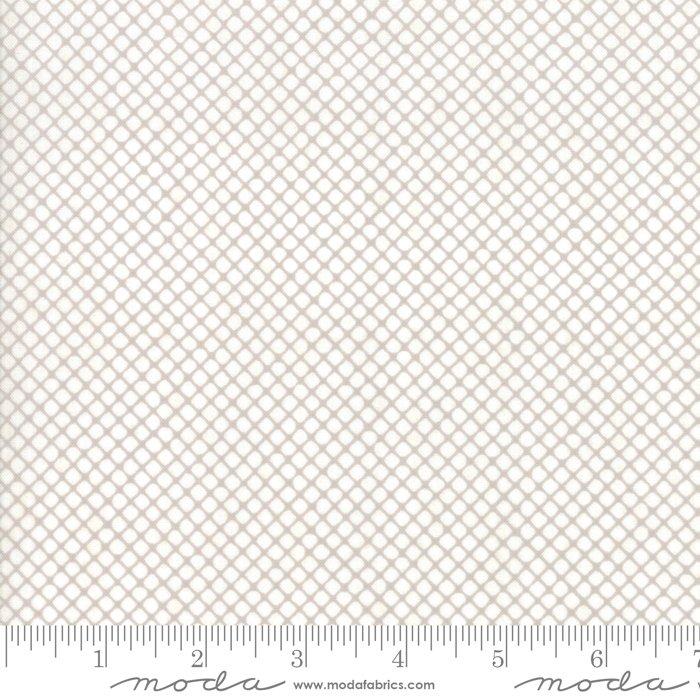 Stiletto by Moda Fabrics 30617-23