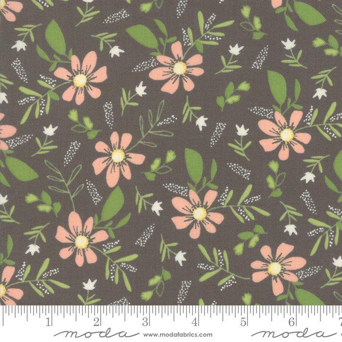 Sweet Summer by Sherri & Chelsei Moda Fabrics 37580-19