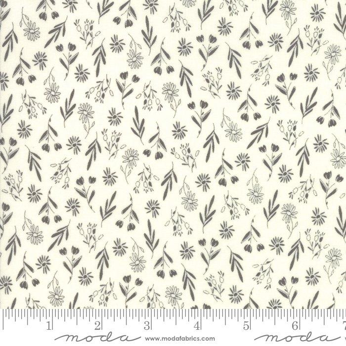 Sweet Summer by Sherri & Chelsei Moda Fabrics 37582-11