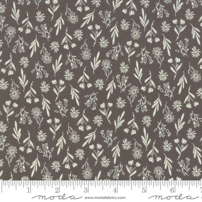 Sweet Summer by Sherri & Chelsei Moda Fabrics 37582-24