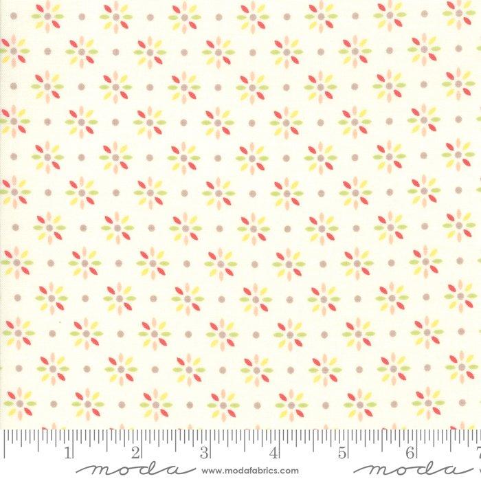 Sweet Summer by Sherri & Chelsei Moda Fabrics 37584-11
