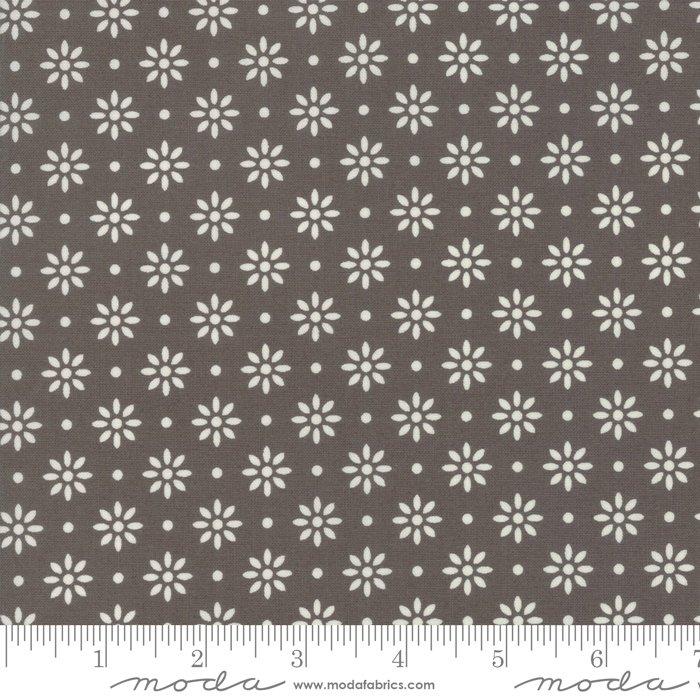 Sweet Summer by Sherri & Chelsei Moda Fabrics 37584-24