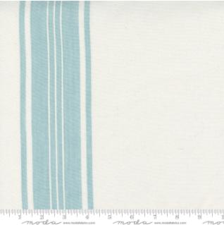 18 Lakeside Off White Storm 992 273 Moda Toweling