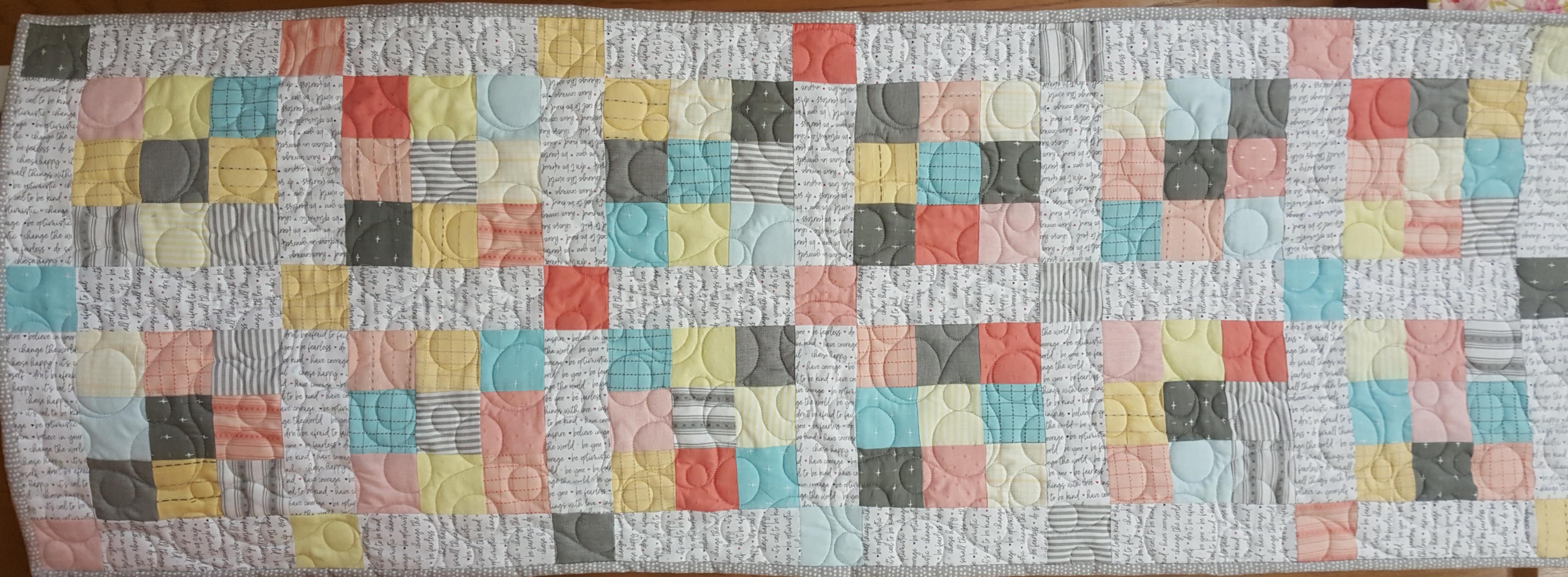 9 Patch Table Runner KIT w/ FREE Pattern