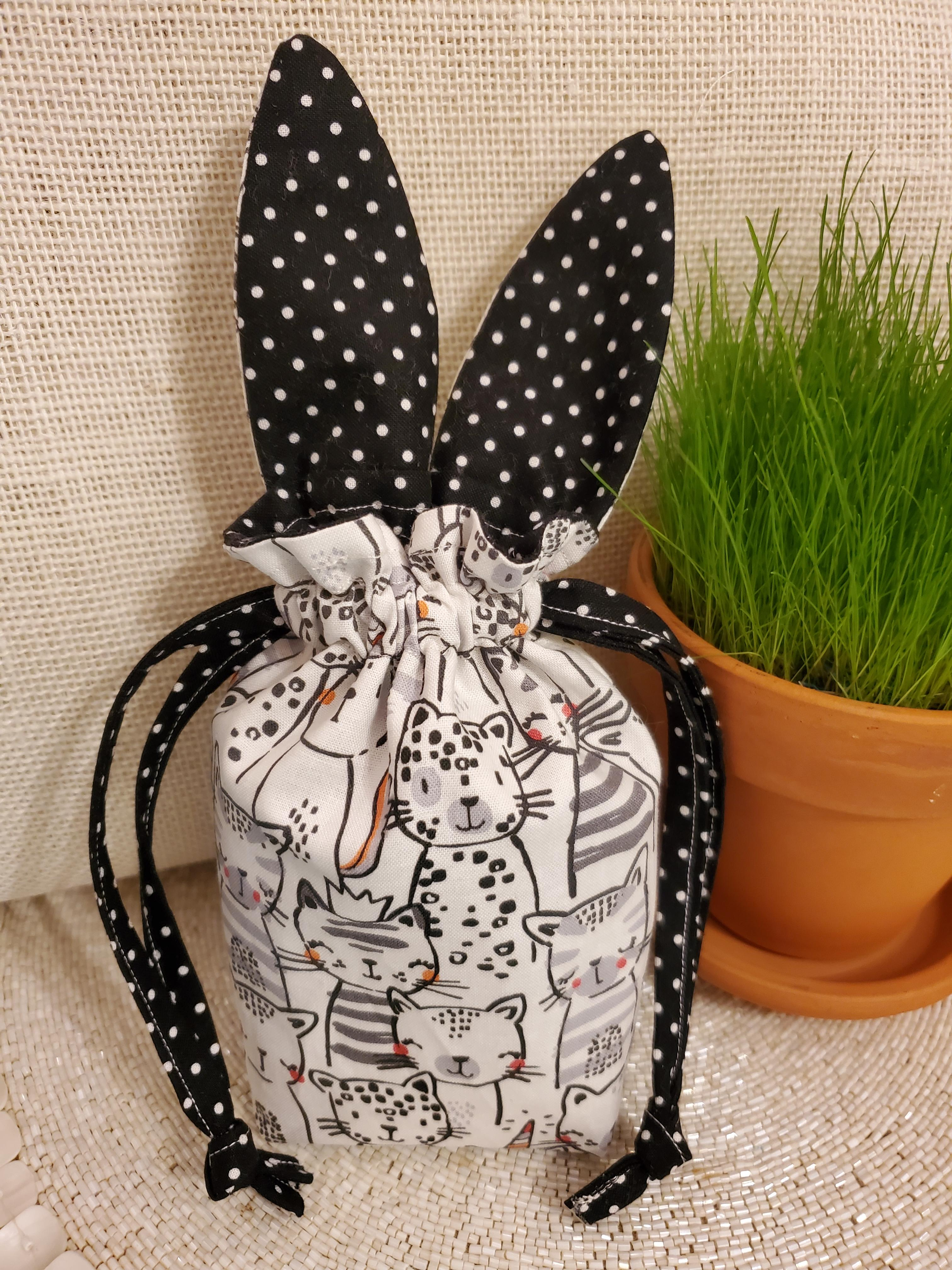 Draw String Bunny Kitty Treats