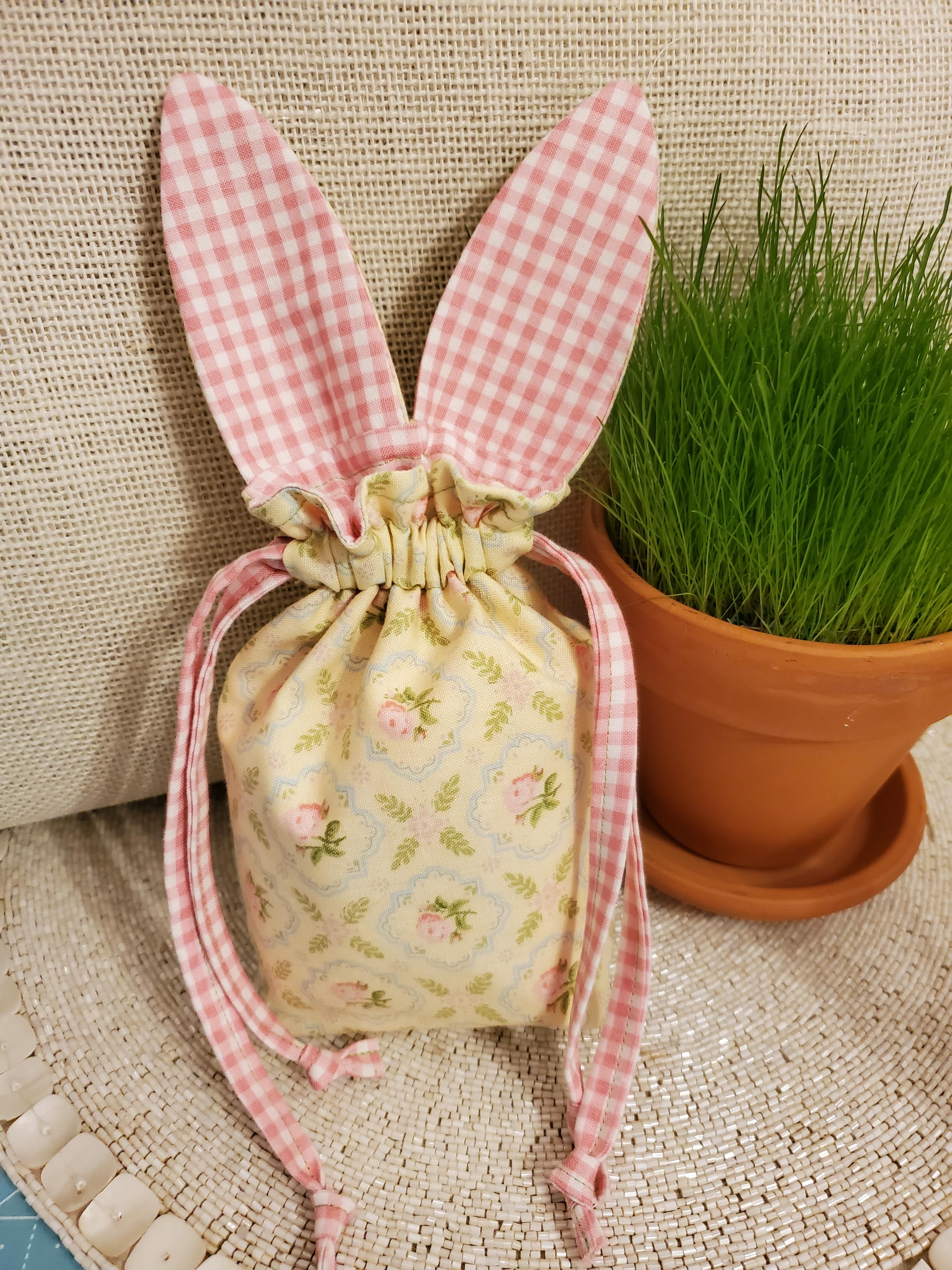 Draw String Bunny Yellow with Pink Roses