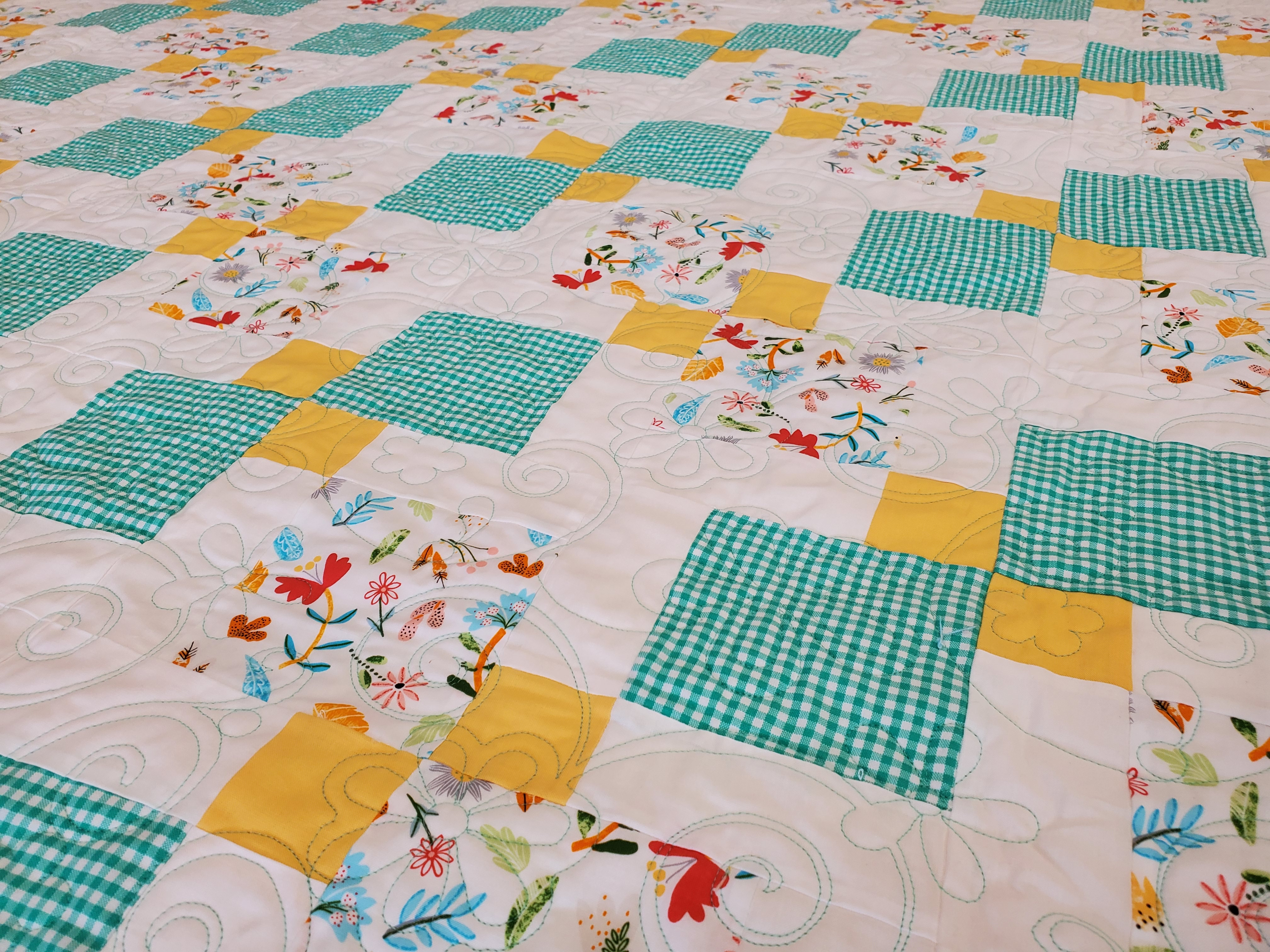 Flowers & Gingham 9 Patch KIT