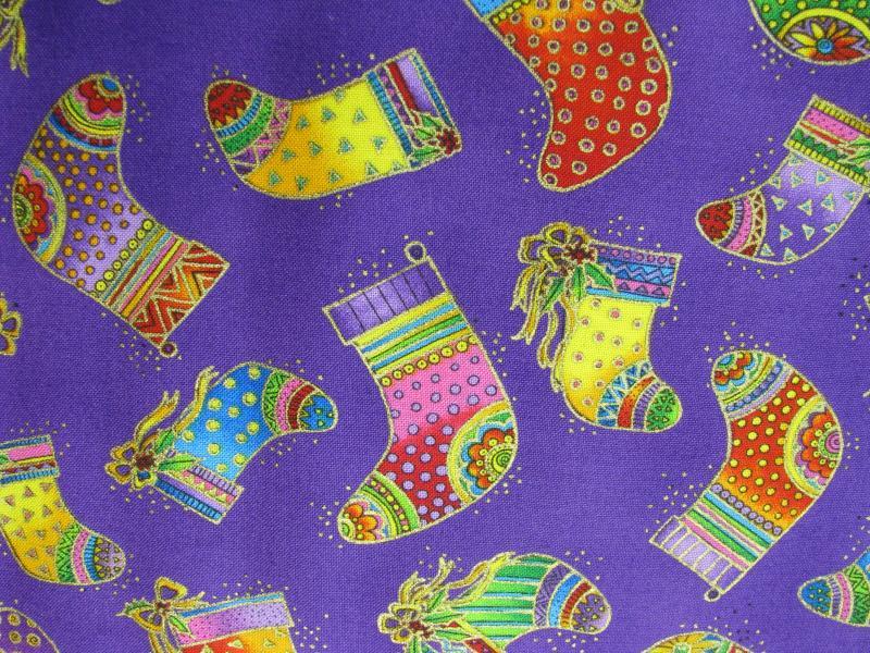 Clothworks Bountiful Blessings Stockings/purple