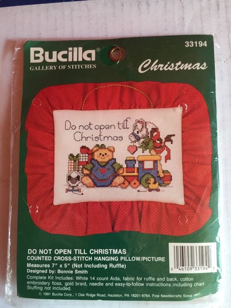Kit Bucilla Train and Bear New Cross Stitch Christmas Kit Pillow 1991