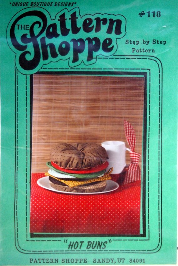 Pattern Hot Buns Hot Pad Set By The Pattern Shoppe Uncut Vintage Sewing Pattern Packet 1985