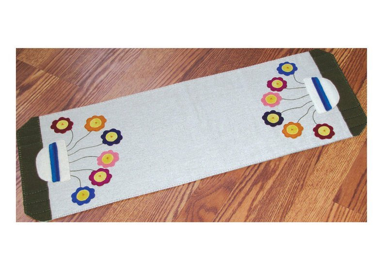 Pattern Whimsical Posies Table Runner by Betsy Lou