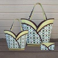 Petal Pockets Purse, Tote & Cosmetic Bag Pattern - CND-104