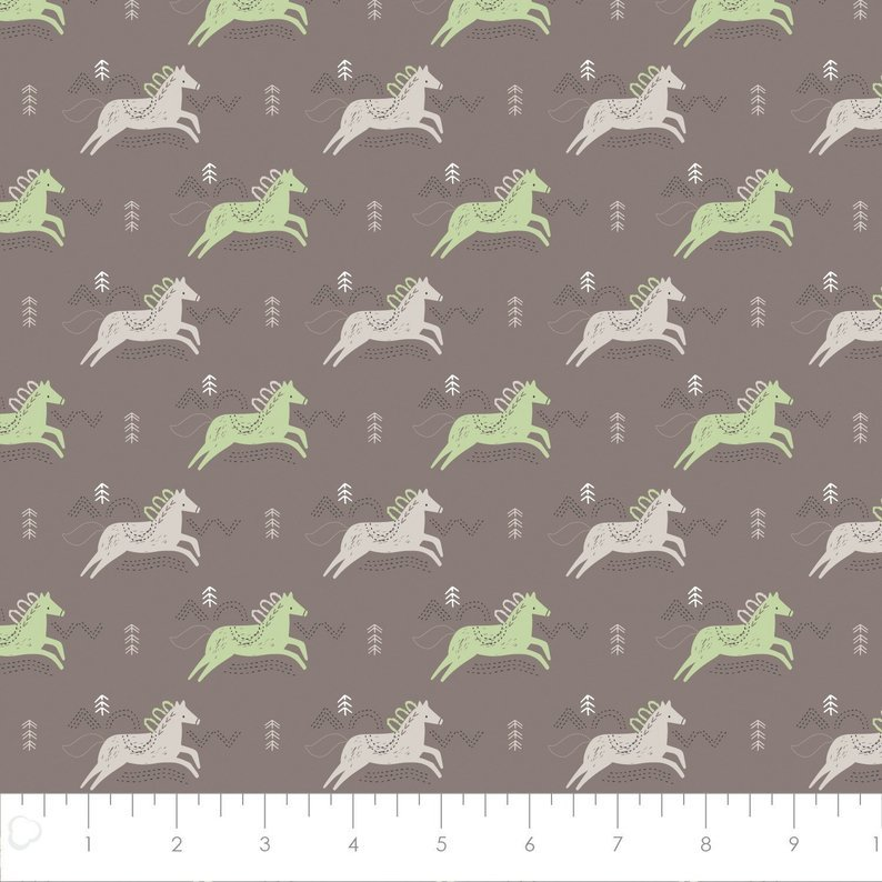 Pretty Little Woods - Jumping Horses  - Taupe - 21180504-02