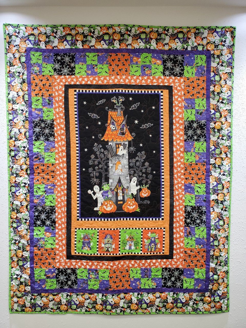 Here We Glow Ghosts Quilt Kit