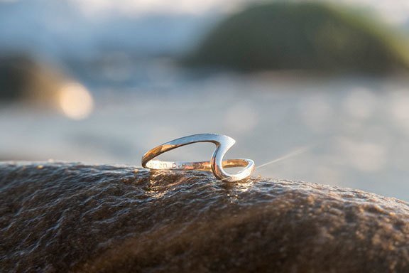 Skinny Wave Ring