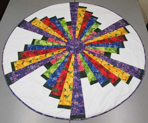 Quilted Round Table Toppers.Windmill Swirl Table Topper New 11 3 Pm