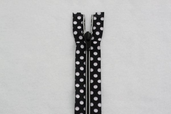 N- Ghee's Polka Dots Black/White 24 Separating Zipper