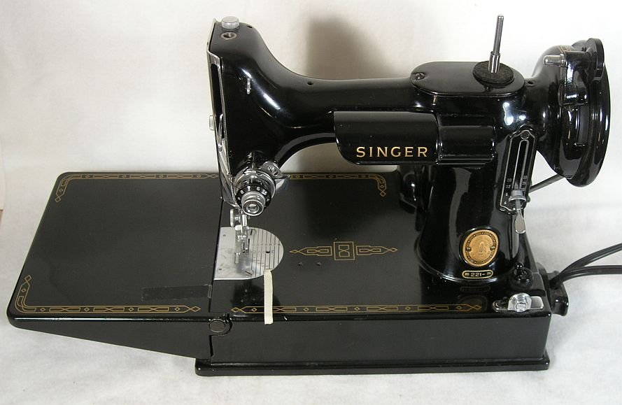 Singer dating featherweight