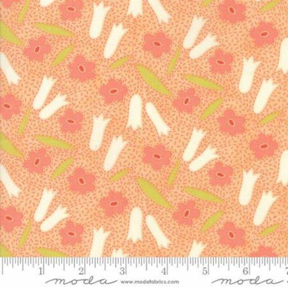 MODA- Ella Ollie Tangerine w/White Tulips