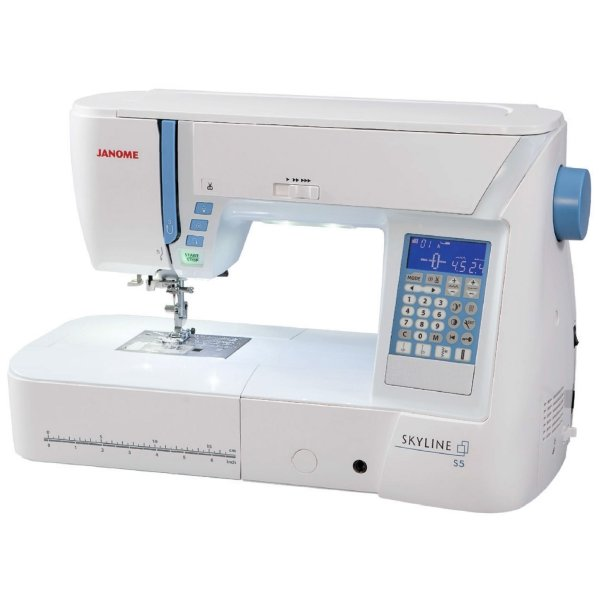 Janome Skyline S5 Sewing and Quilting Machine