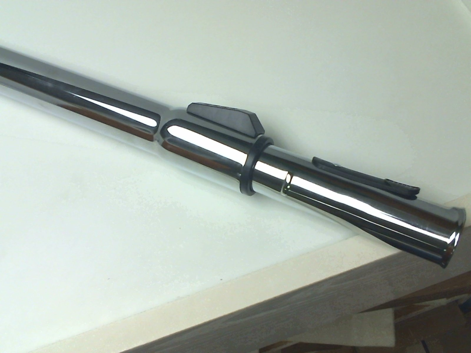NON ELECTRIC METAL TELESCOPIC WAND WITH BUTTON