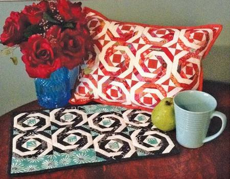 Pineapple Pillow/Placemat