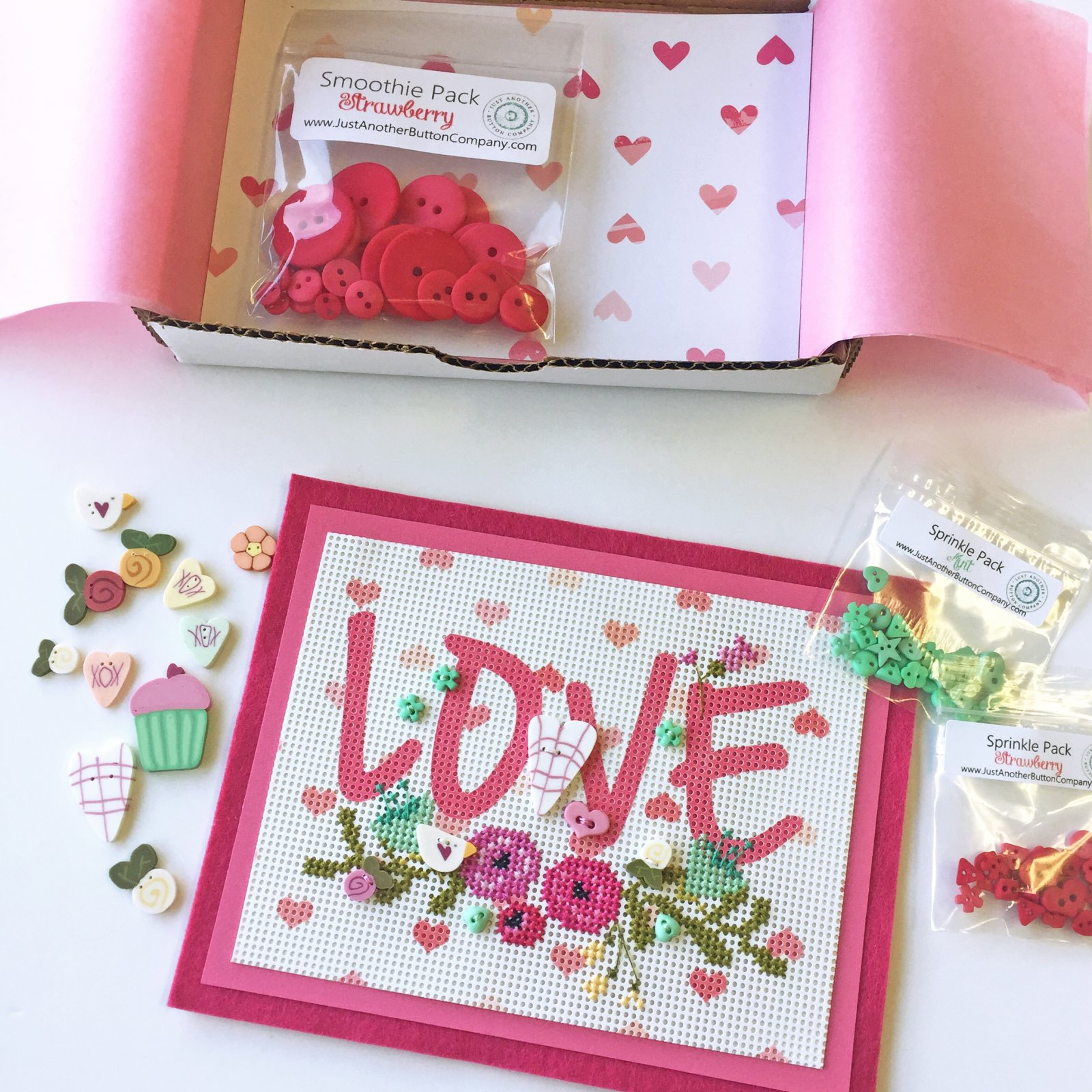 Hearts & Flowers Button Box
