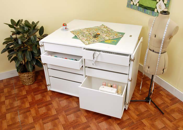 Kangaroo - Dingo Cutting & Storage Cabinet