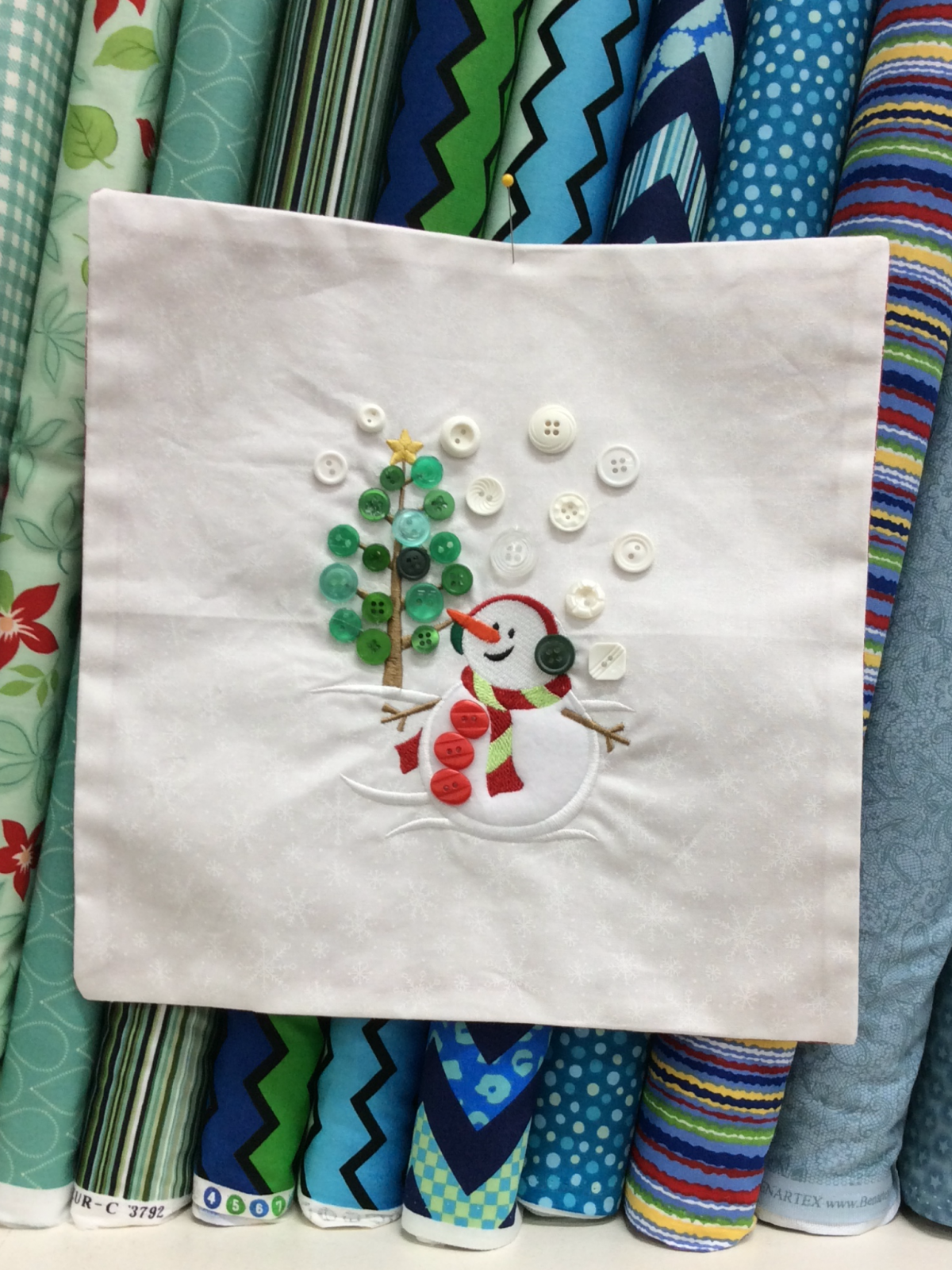 Bettys Embroidery Express Club 1