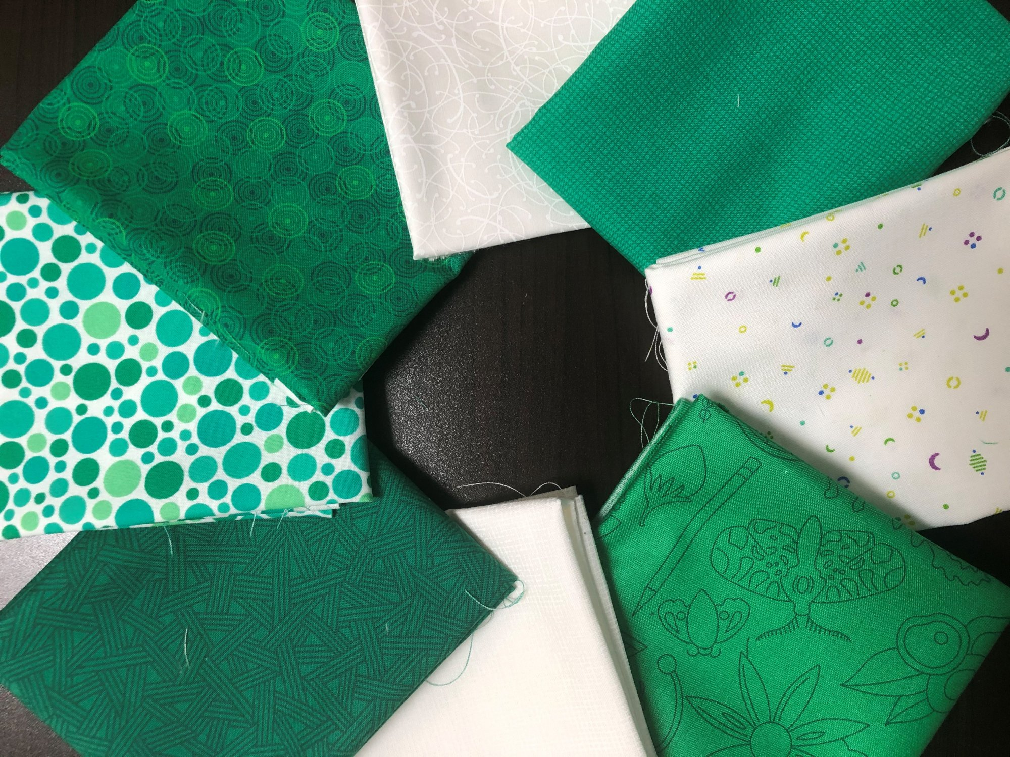 Green and White FQ Bundle - 8 FQs