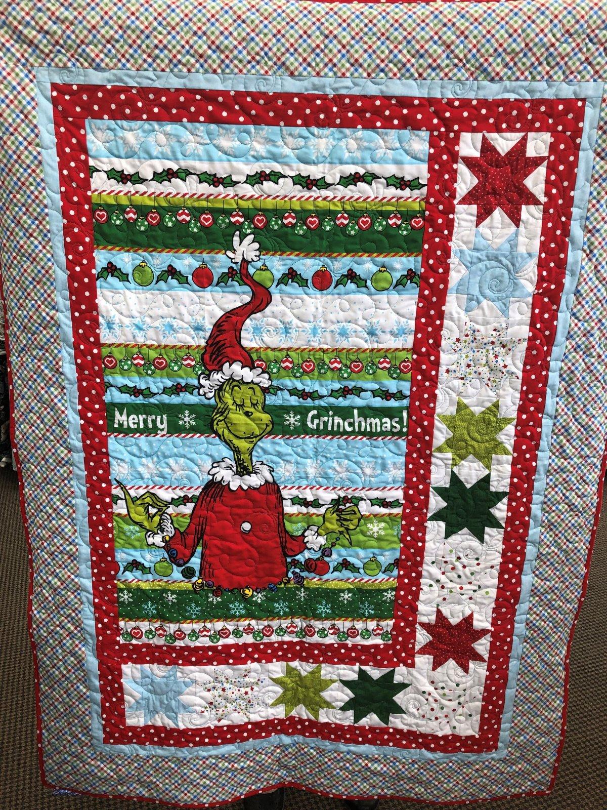 Merry Grinchmas Quilt Kit