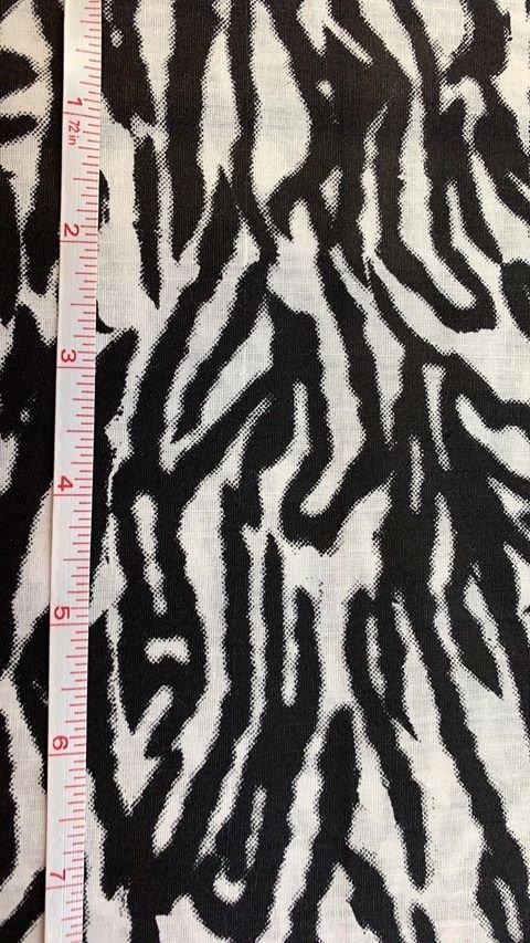 Black and White Crazy Stripes