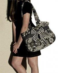 Boutique Shoulder Bag